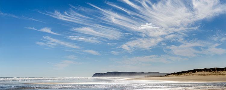 90 Mile Beach Skys