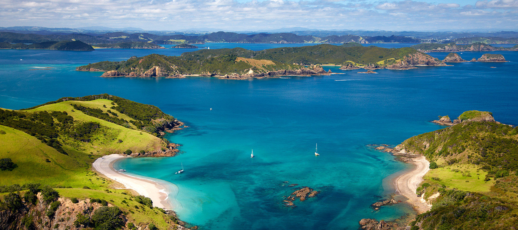 Blue Water Bay of Islands