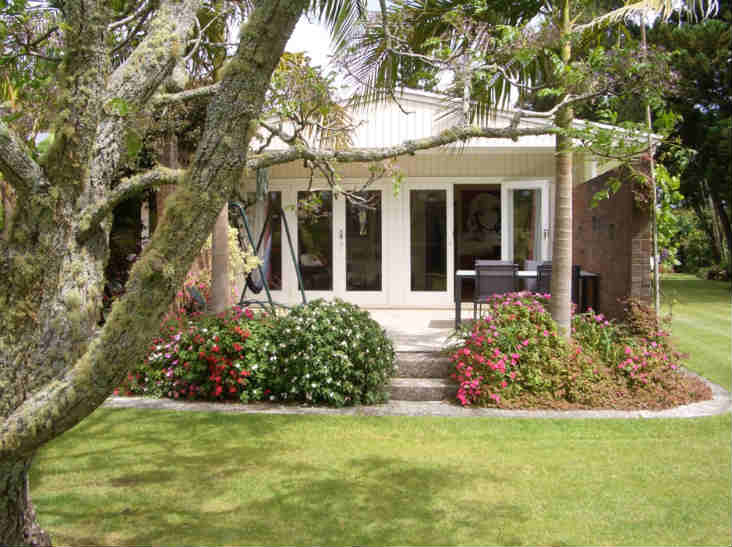 88 Lodge Kerikeri- view from outside