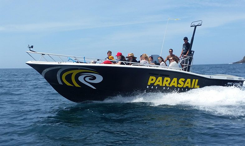 Parasailling - Bay of Islands