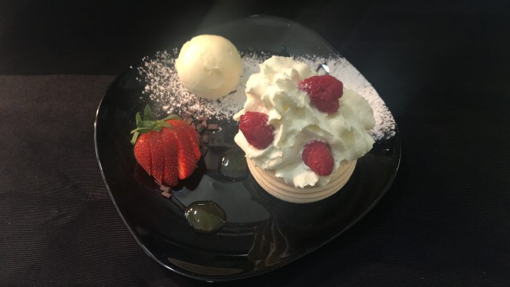 Legends Strawberry Dessert - 732 x 412
