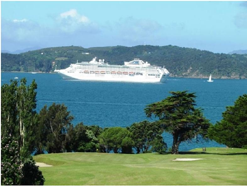 Waitangi Golf Club Cruise View