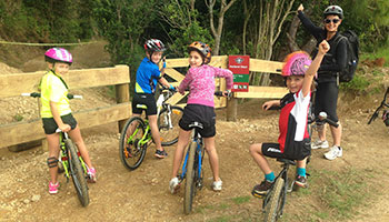 family bike trip bay of islands