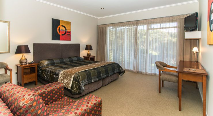 Decks of Paihia, Bed and Breakfast