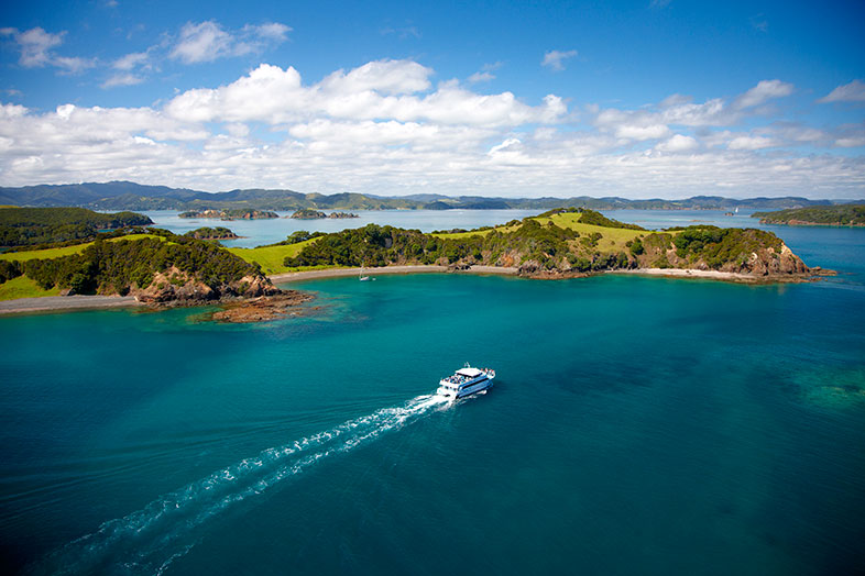 Bay of Islands Cruises and boat trips