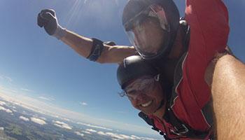 skydiving in bay of islands