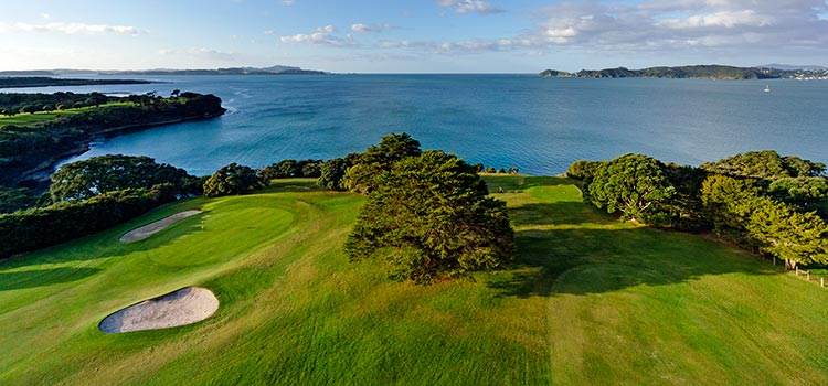 Golf Courses - Land Activites Bay of Islands