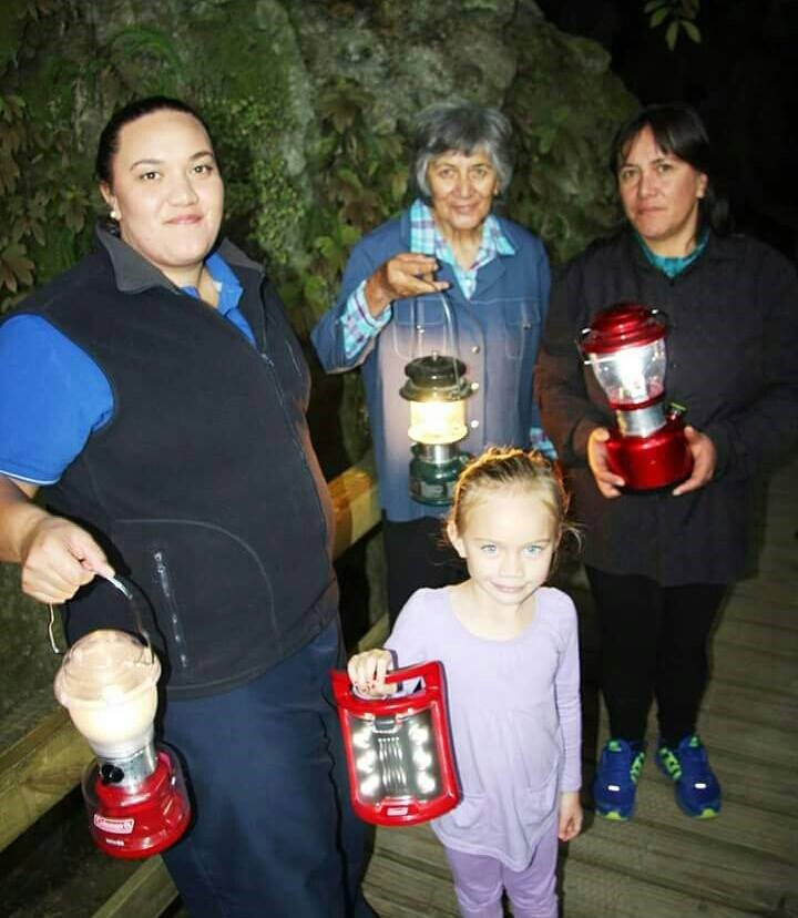 Kawiti glow worm caves family visit