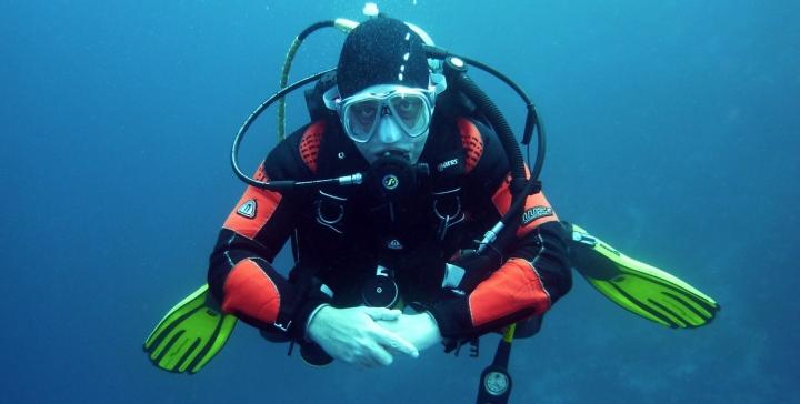 diving scuba diver