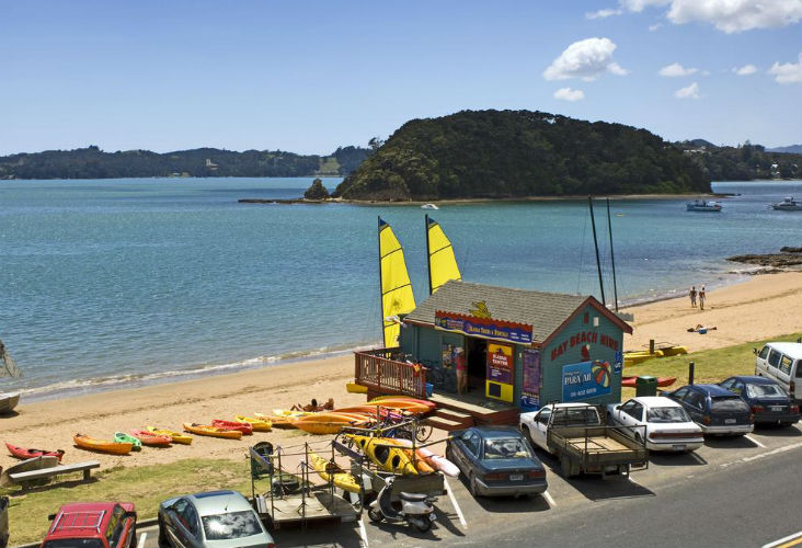 Main Beach in Paihia, Bay Of Islands