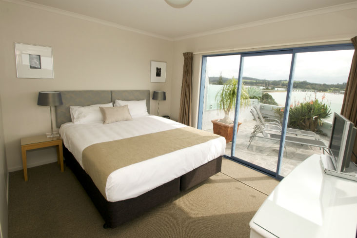 Blue Pacific Apartments Paihia Apartment 2Master Bedroom PS 2 732px