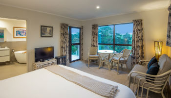 Morepork Lodge Bedroom 350px
