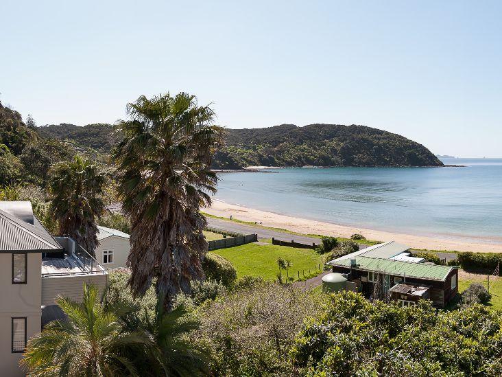 Sea Breeze Lodge Beach _ ocean view
