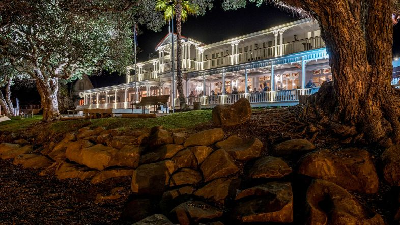 The Duke of Marlborough Hotel at night