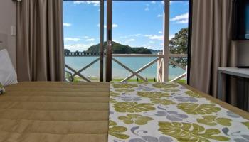 Waterfront Suite Upper 13 - bedroom View - Break Water Motel Paihia - featured