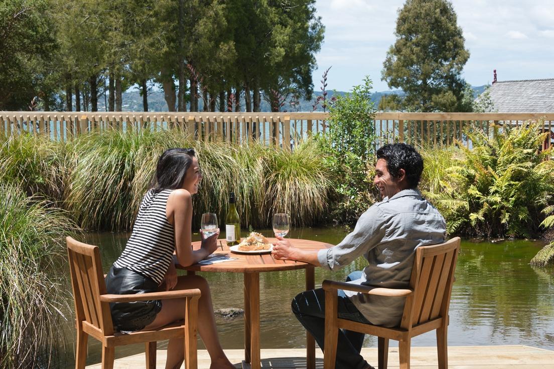 Whare Waka Cafe Waitangi