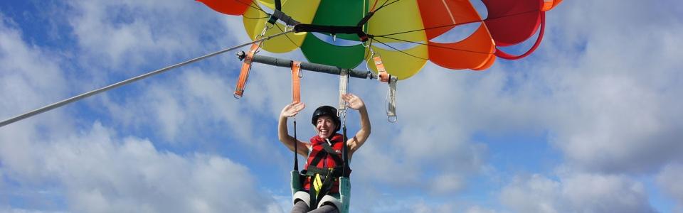 parasailing - Visit BOI