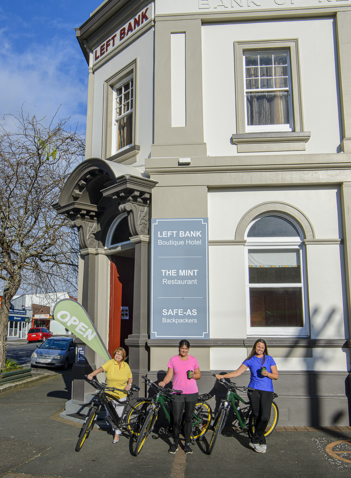 Left Bank and Mint Cafe, Kaikohe biking